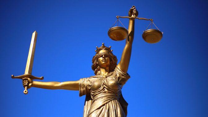 Juridikstuderande blundar inte för sexuella trakasserier