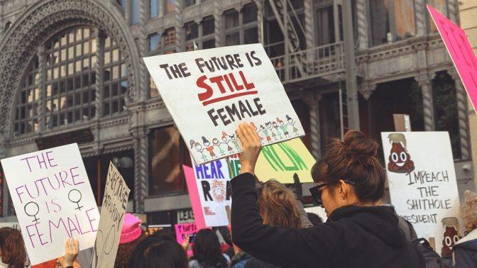 Världen stannar inte upp trots Coronan – Kampen för abort